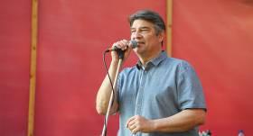 <strong>Mūziķis Ingus Pētersons atgriežas uz skatuves</strong> — veselības problēmas atstātas pagātnē