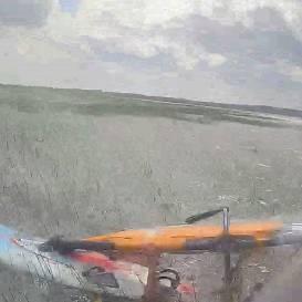 VIDEO: Rīgas glābēji Ķīšezerā <strong>steidz palīgā vējdēļa vadītājam</strong>
