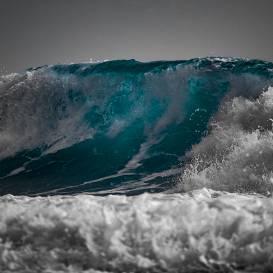 Brīvdienu laika prognoze: <strong>sestdien gaidāms stiprs vējš</strong>, viļņu augstums jūrā sasniegs trīs metrus
