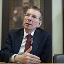 <strong>6 aktuālitātes par ceļošanu un <em>Covid-19</em> </strong> — skaidro ārlietu ministrs Edgars Rinkēvičs
