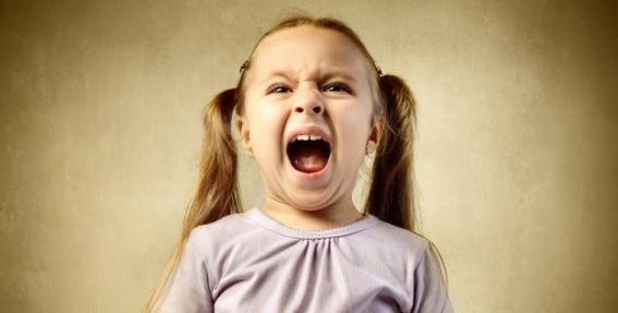 <strong>Kāpēc rodas uzvedības problēmas?</strong> Un kā bērnam palīdzēt?