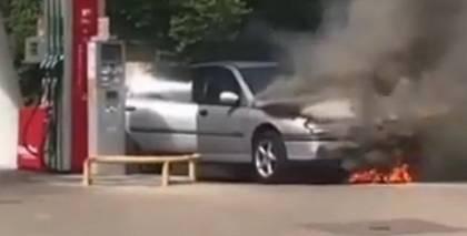 VIDEO: Jūrmalā degvielas uzpildes stacijā aizdegusies <em>Renault</em> automašīna