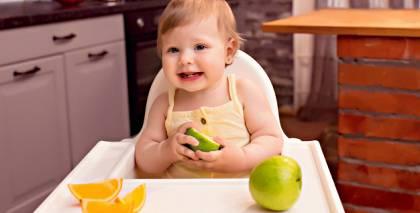 Pieci praktiski padomi, kā izvēlēties <strong>barošanas krēsliņu mazulim</strong>