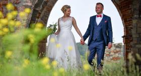 Apprecējies Saeimas <strong>jaunākais deputāts Reinis Znotiņš</strong>