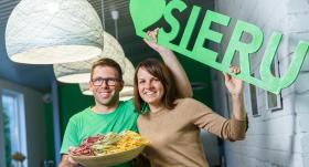 Zaļā siera ražotnes saimnieku Ceriņu moto – <strong>rukā un tev būs!</strong>