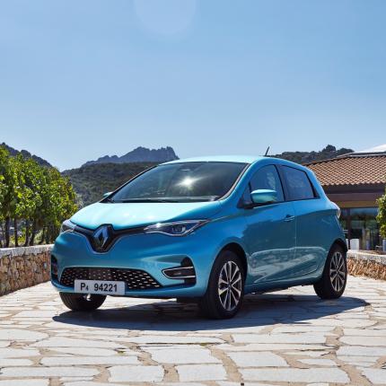 Elektriskais <em>Renault ZOE</em> piedzīvojis <strong>rekordlielu pasūtījumu un reģistrāciju skaitu Eiropā</strong>