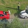 <strong>Daugavpilī policija liek šoferim no auto nokasīt aizskarošu uzrakstu;</strong> noformēts protokols par sīko huligānismu