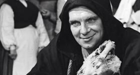 Sieviešu nospiedumi aktiera Eduarda Pāvula liktenī