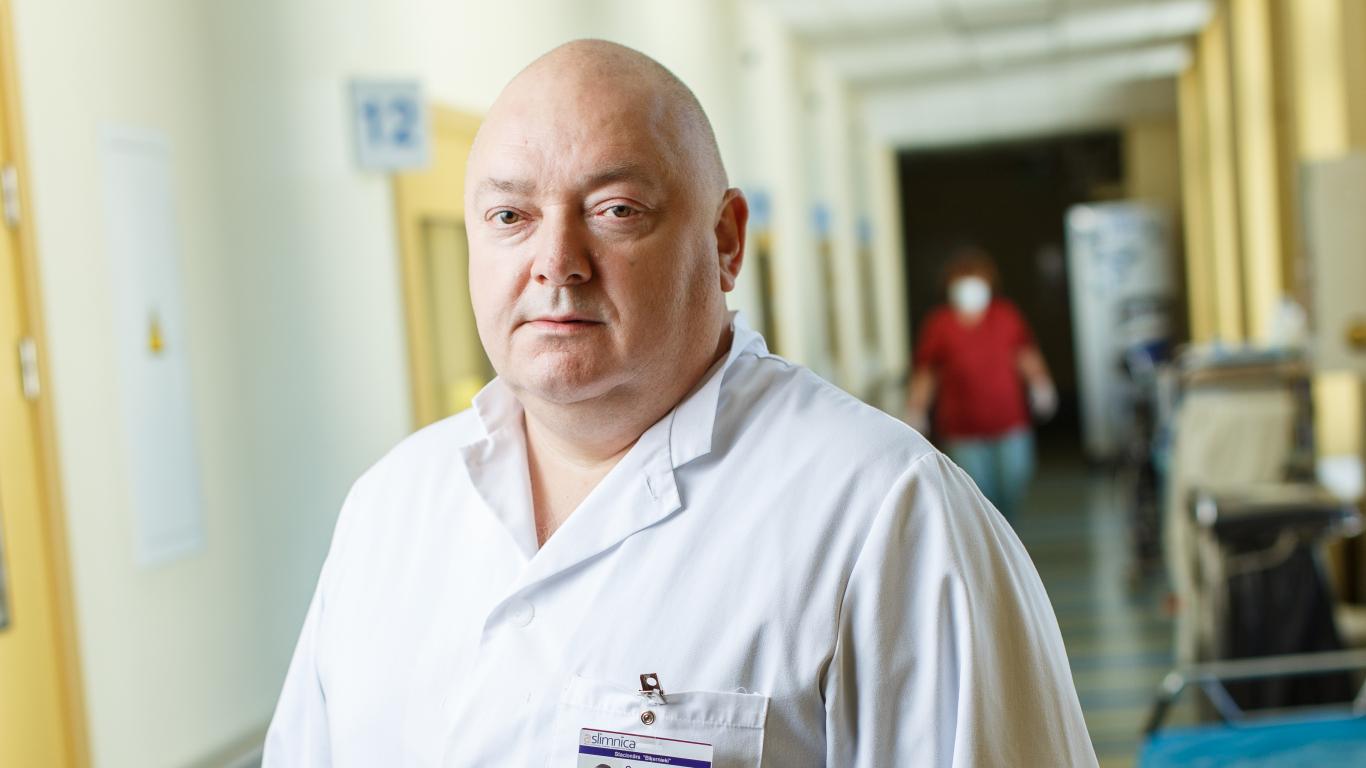 Valsts apdegumu centra vadītājs Sergejs Smirnovs