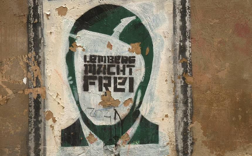 Lemberg macht frei - politiski divdomīgi grafiti Ļvovā