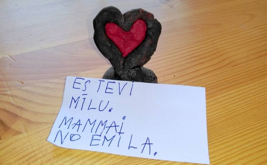Emīla vēstulīte mammai