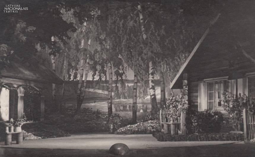 Scenogrāfija 1955. gada Skroderdienu iestudējumam.