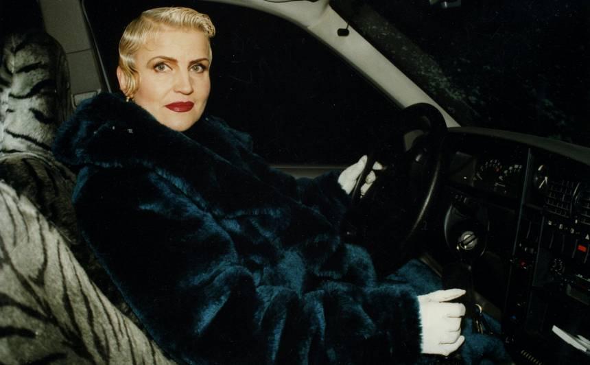 Gunta savas karjeras sākumā 90. gados