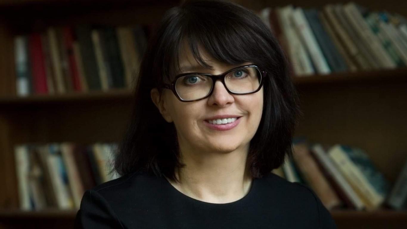 Prof. Linda Daniela