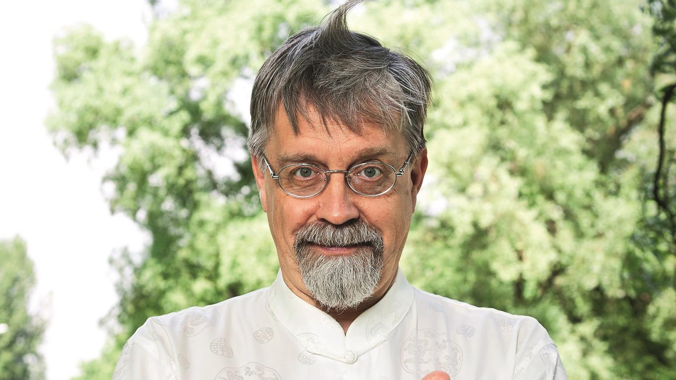 Ārsts, rakstnieks un ciguna skolotājs Igors Kudrjavcevs