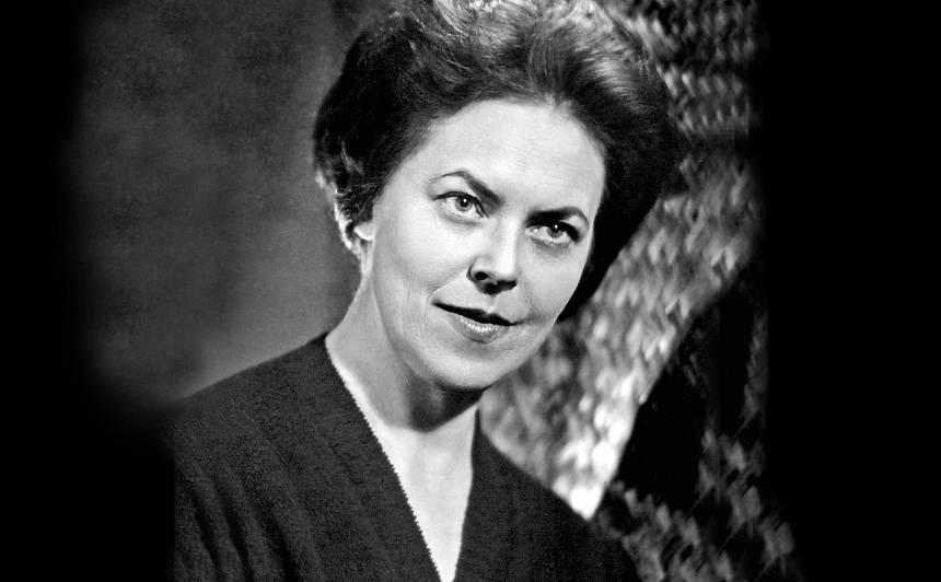 Elga Īgenberga